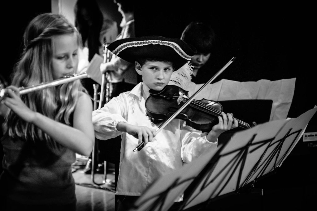 violins and kids